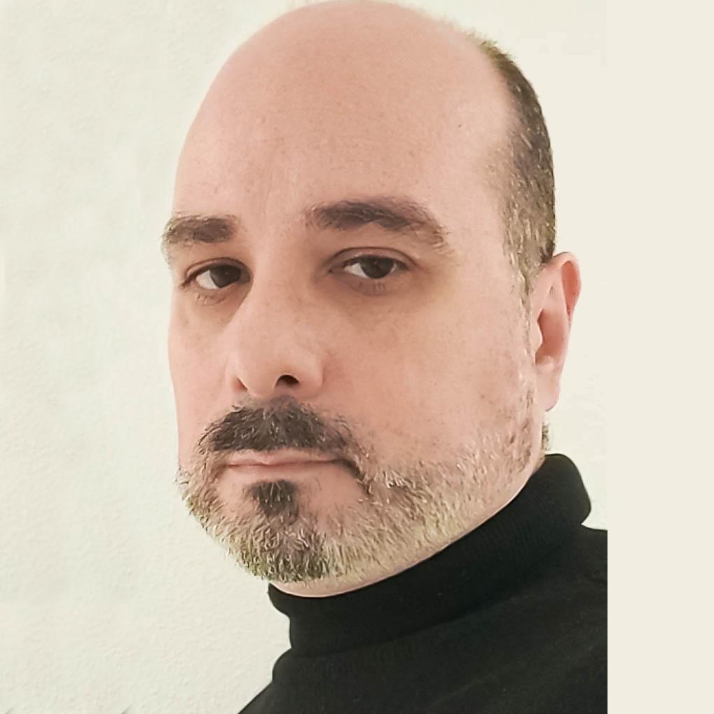 Raúl Curra Panos